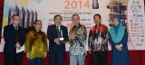 "Dua Buah Buku Terbitan IKIM Telah Memenangi  ""Anugerah Buku Negara 2014"""